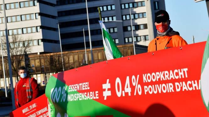 Vakbonden en werkgevers gaan toch weer praten, maar niet over lonen