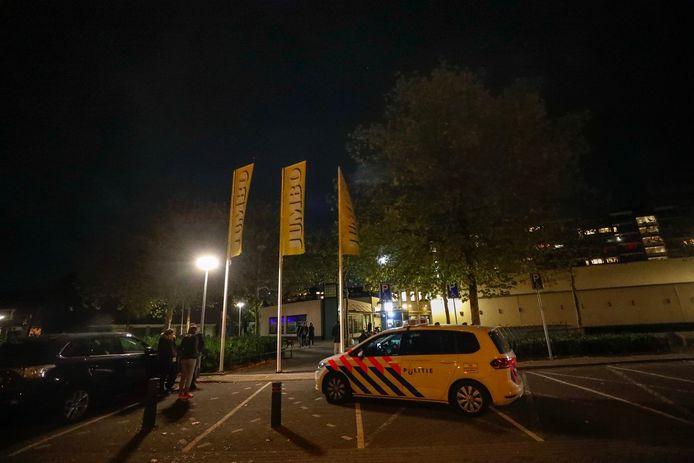 Politie bij de Jumbo in Eindhoven.