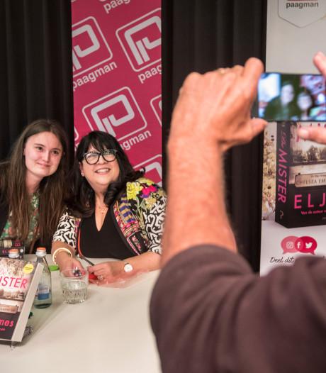 Fifty shades-fans ontmoeten schrijfster van erotische trilogie: We zijn zelf ook een beetje zo