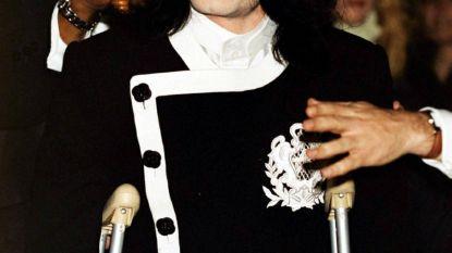 Fans Michael Jackson slepen slachtoffers voor rechter