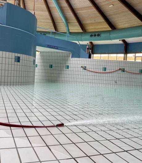 Lekkage Aquadrome hersteld: Enschedees zwembad loopt langzaam weer vol