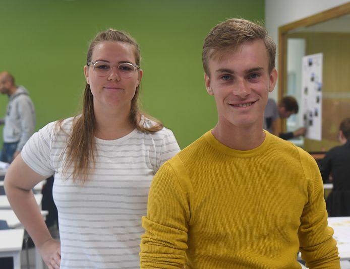 Michelle ter Haar uit Dordrecht en Robert Verwijs (rechts) uit Tholen volgen de nieuwe master River Development die de HZ opgezet heeft met de Hogeschool Rotterdam en hogeschool Van Hall Larenstein in Velp.