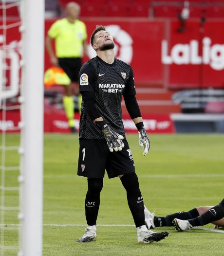 Luuk de Jong verliest met Sevilla van Eibar; Osasuna wint nipt en Atlético rekent af met Betis