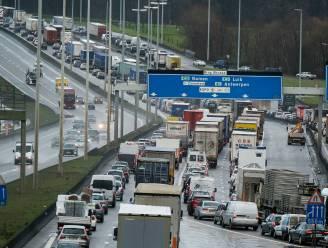 """Brusselse regering vindt akkoord over slimme kilometerheffing vanaf 2022, Gatz verdedigt maatregel: """"Tarieven niet te nemen of te laten"""""""