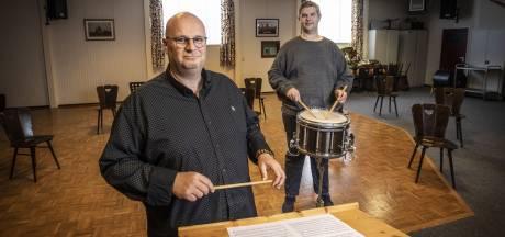 Gert van Huizen wordt nieuwe dirigent van DTKS Losser: 'Ik doe dit als eerbetoon aan mijn vader'