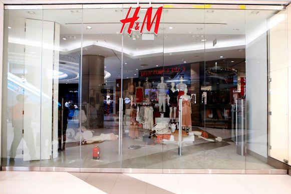 Een H&M-winkel in Johannesburg werd overhoop gehaald.