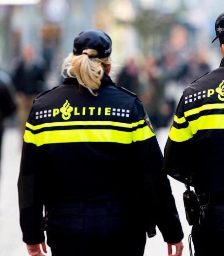 Relatie met collega-agent voorbij? Politie zit met dubbel probleem