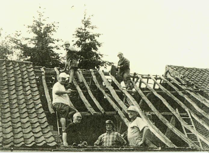De vzw Jeugd Zonder Dak zorgde ervoor dat in geen tijd jeugdlokalen verrezen op de site van een vroegere boerderij aan de Torrestraat.