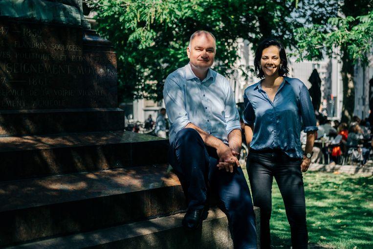 Bjorn Rzoska en Rina Rabau die zich kandidaat stellen om respectivelijk voorzitter en ondervoorzitter van Groen te worden. Beeld Wouter Van Vooren