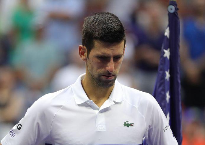 Lors de la cérémonie d'après-match, Djokovic a n'a pas pu retenir son émotion face à l'ovation du public.