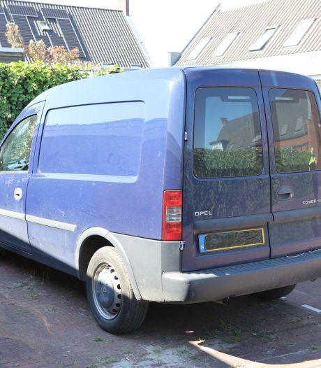 Hardloper overlijdt na aanrijding in Zaltbommel, betrokken bestelauto gevonden, maar dader nog op de vlucht