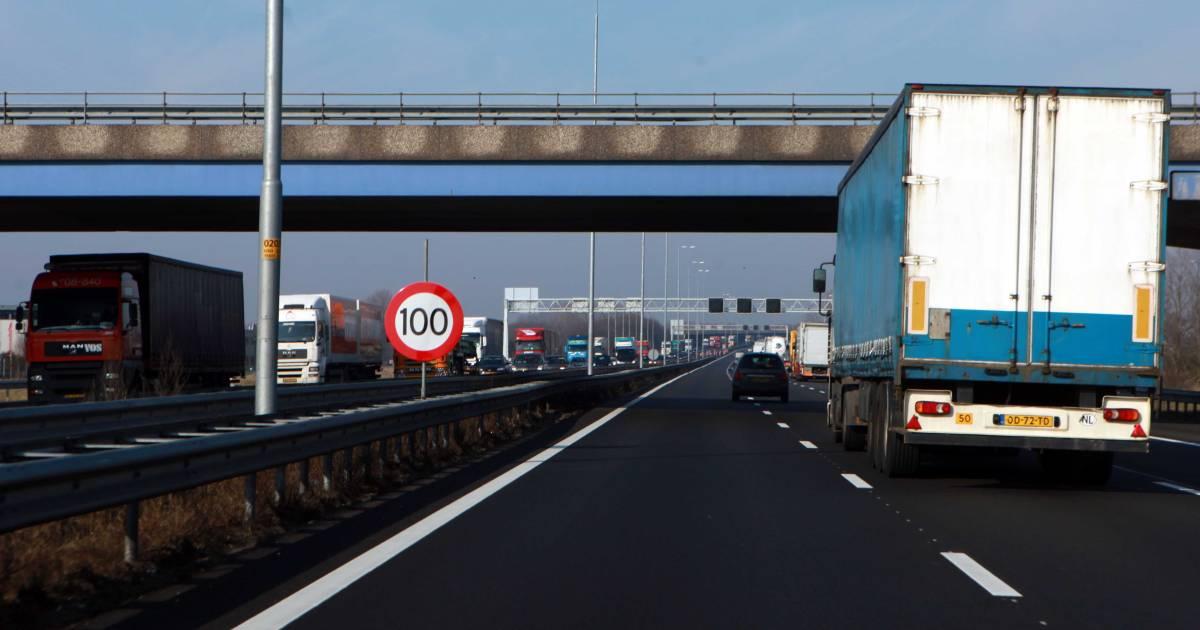 Verkeer ten westen van Arnhem rijdt weer na ongeval op A50 bij Heteren.