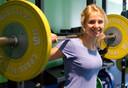 Onderzoekster Esmée Bakker van het Radboudumc heeft onderzoek gedaan naar effecten van krachttraining doen op overgewicht.