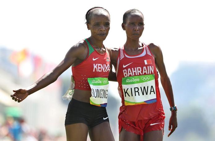Eunice Kirwa (rechts) won op de Olympische Spelen in Rio zilver, waar de Keniaanse Jemima Sumgong (links) goud won.