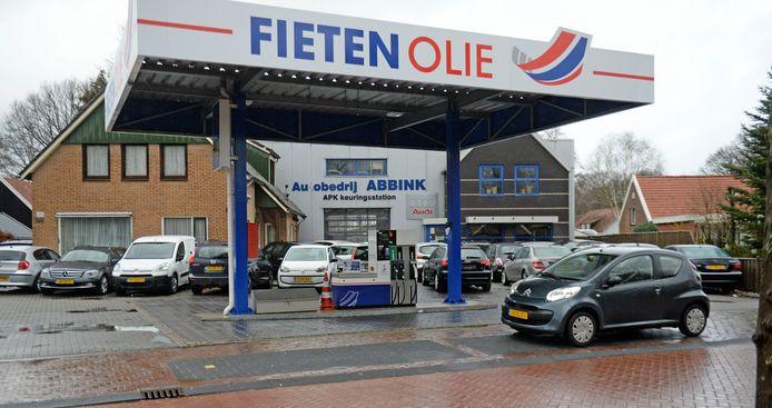 Autobedrijf Abbink gaat een wasstraat bouwen.