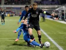 LIVE   Spelers PEC Zwolle slapen bij hoekschop en zien Idrissi 0-2 maken