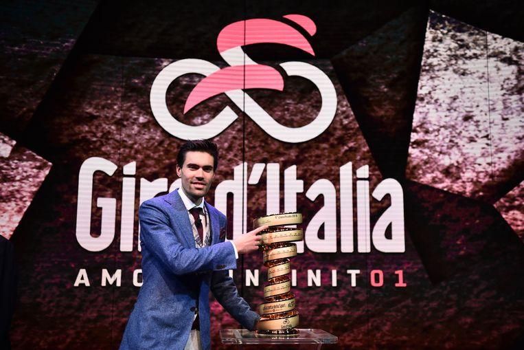 Titelhouder Tom Dumoulin bij de presentatie van de Giro 2018