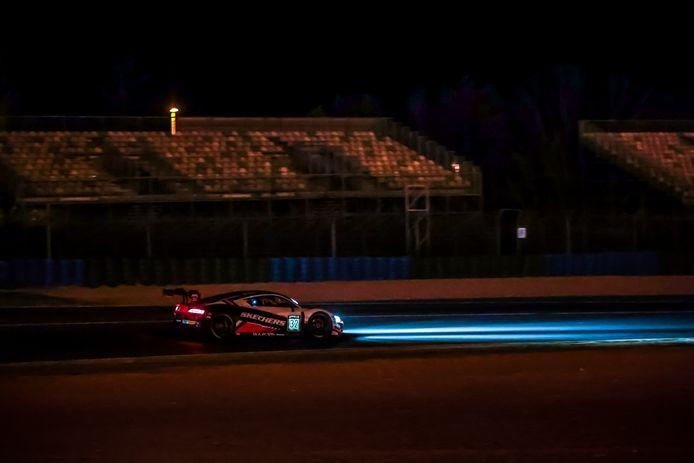 Dries Vanthoor op weg naar de zege in Magny-Cours. De regerende kampioen deed dat in een WRT Audi.