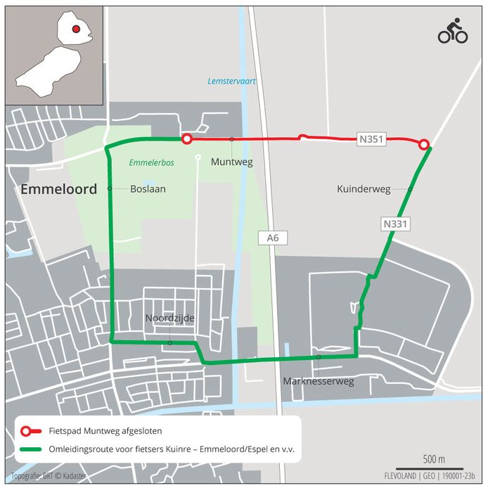 De omleidingsroute en het afgesloten fietspad langs de Muntweg.