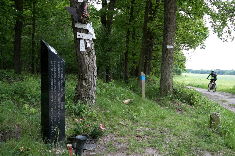 Monument op Brunssummerheide vlakbij de vindplaats van Nicky Verstappen.