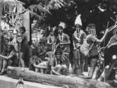 Koninginnedag in 1959: Met botjes door de neus