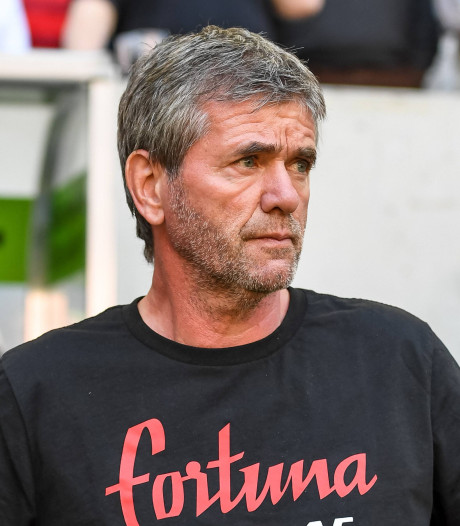 Hekkensluiter Düsseldorf ontslaat trainer Funkel