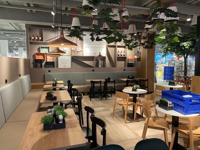 Een blik in het vernieuwde restaurant van de Wijchense HEMA.