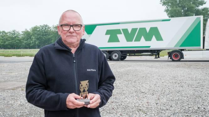 """Jean-Pierre Mees (66) uitgeroepen tot Dé Gouden Ridder van de Weg: """"Wil graag nog vijf jaar truckchauffeur blijven"""""""