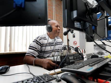 Radio De Erker reikt verder dan Schiedam-West; van Antillen tot aan Scandinavië
