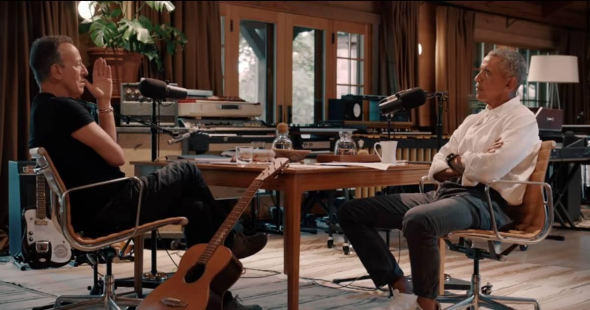 In gesprek met elkaar worden Barack Obama en Bruce Springsteen twee doodgewone mannen - AD.nl