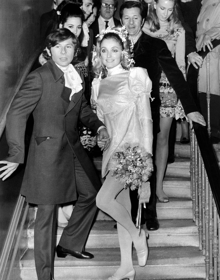 Sharon Tate en Roman Polanski op hun trouwdag