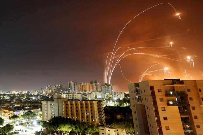 Het Israëlische 'Iron Dome'- luchtafweersysteem intercepteert raketten gelanceerd uit de Gazastrook. Beeld van vorige week.