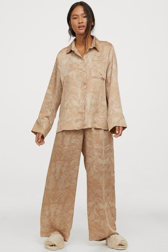 Pyjama en satin H&M - 39,99 euros.
