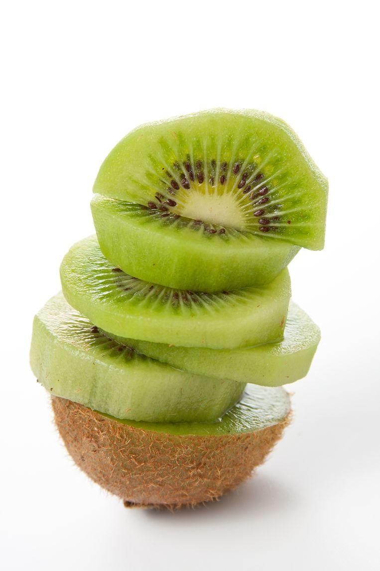 Eet je een kiwi met of zonder schil? Beeld Shutterstock