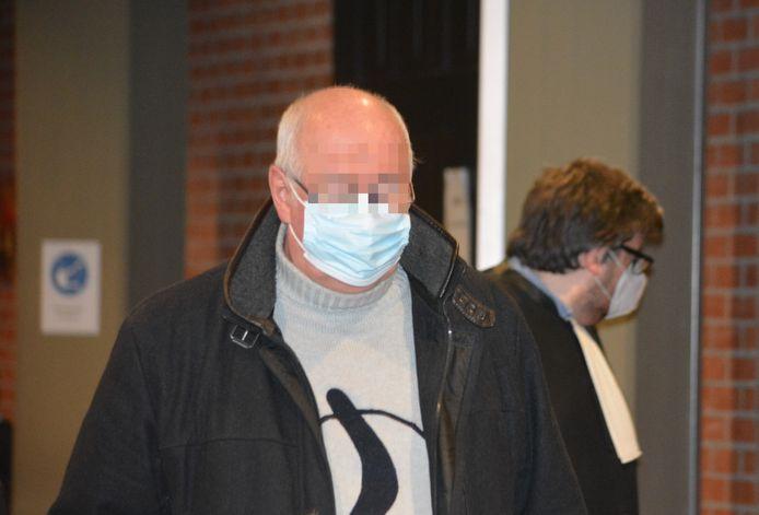 Dirk S. in het Brugse gerechtsgebouw. (archiefbeeld)