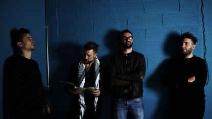 Antwerpse band TWOFVCE speelt thuismatch op Linkerwoofer