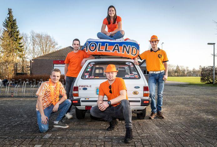 Organisatoren Jan van Houts, Ilse Schenkels, Mark Santbergen, Chiel Tassche en Rens Pijnenburg.
