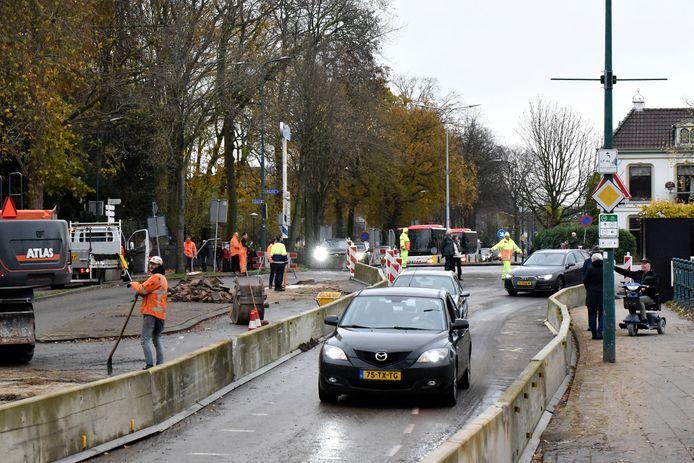 Bij het begin van de werkzaamheden aan de Oostdam was er ook maar één rijstrook beschikbaar. Ondernemers willen geen herhaling daarvan.