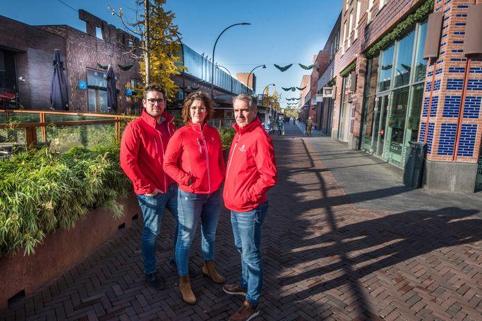 De bestuurders van Winkelhart Enschede: Pim Meijer (links), Nicole Workel en Peter Wicknig.