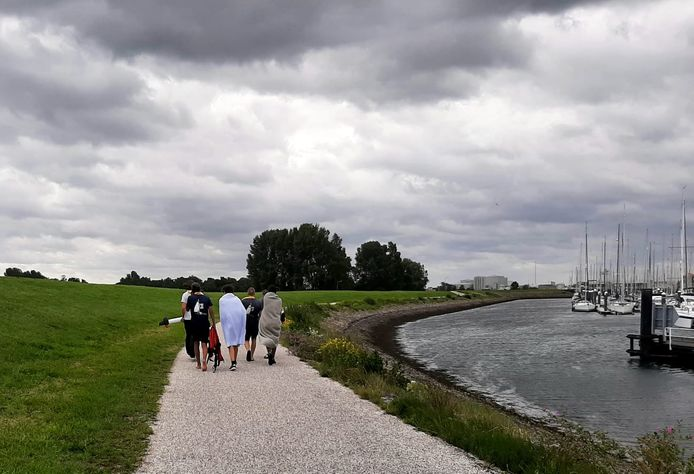 Een aantal van de onfortuinlijke scouts is naar Wemeldinge (provincie Zeeland) gebracht.