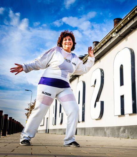 Dansmarathon een nieuw concept? Marjan danste in 1997 meer dan honderd uur: 'Dit was een zooitje'