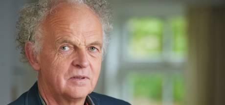 Medisch adviseur uit Oldenzaal ziet patiënten eenzaam worden: 'Corona begint in je luchtwegen, maar het eindigt in je hoofd'