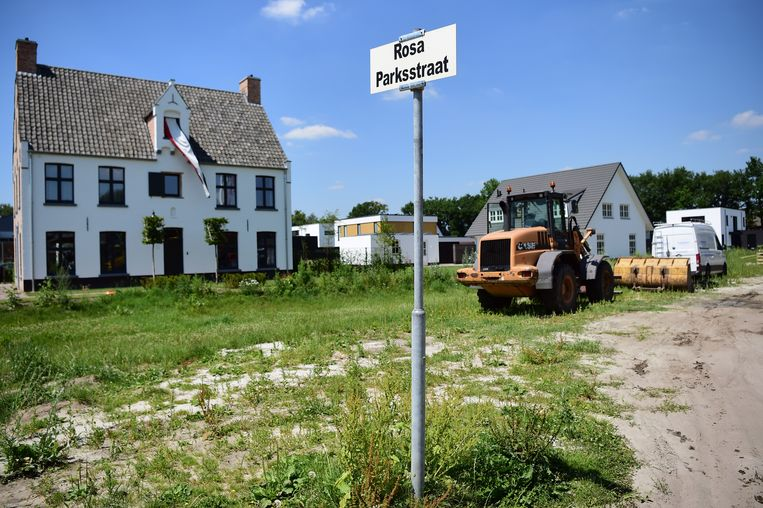 De Rosa Parksstraat in Vught.  Beeld Marcel van den Bergh / de Volkskrant