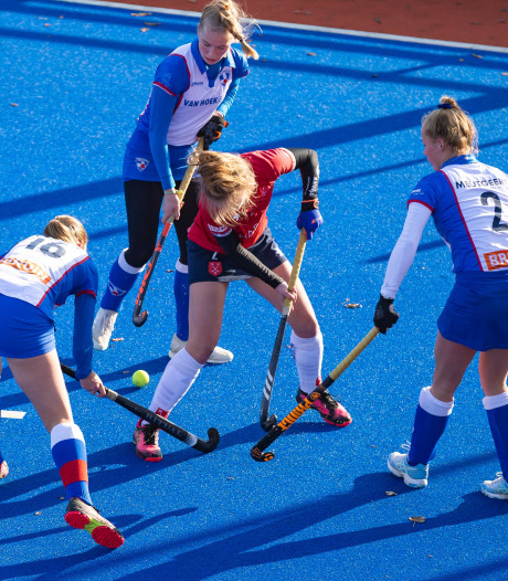 Vrouwen HC Zwolle winnen spannend duel om derde plaats