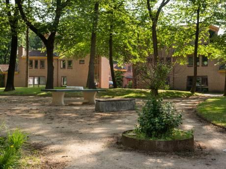 Leefruimten zijn vies, spullen kapot: inspectie dreigt Juzt met boete van 5.000 euro per week