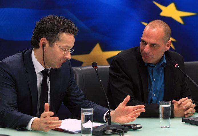Jeroen Dijsselbloem, chef de l'Eurogroupe (zone euro) et le nouveau ministre grec des Finances Yannis Varoufakis
