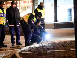 Drie mensen nog steeds in levensgevaar na mogelijke terreurdaad in Zweden, volgens lokale media is dader 22-jarige Afghaan