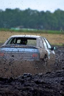 Zorgen in West Betuwe om sportieve activiteiten: '80 tot 100 auto's waren aan het crossen'