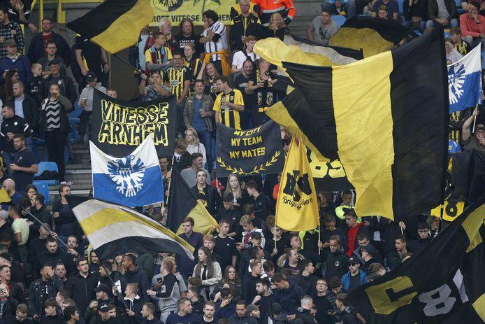 Supporters voorafgaand aan de wedstrijd tussen Vitesse en Fortuna Sittard in GelreDome in Arnhem afgelopen zondag, foto ter illustratie.