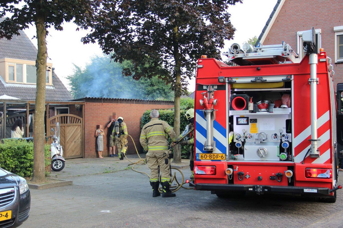 De brandweer kwam met één voertuig ter plaatse.